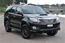 toyota-fortuner-may-dau-2-5-diesel-2012-2015-
